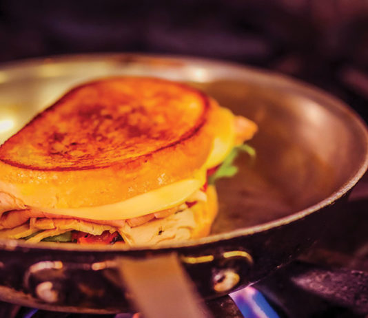 primed-at-the-palms-grilled-sandwich